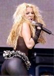 medium_shakira-sexy-girl-singer-star-11